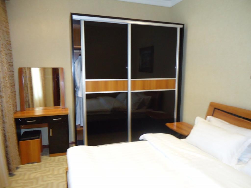 Room 1034 image 29182