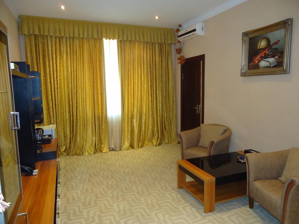 Room 1034 image 29184