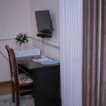Room 998 image 33525 thumb