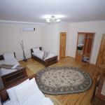 Room 996 image 33527 thumb