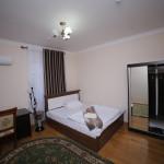 Room 998 image 33528 thumb