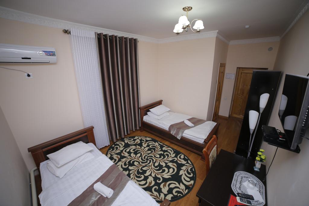 Room 994 image 33529