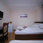 Room 998 image 33531 thumb