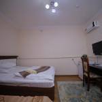 Room 998 image 33535 thumb