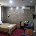 Room 1482 image 16677 thumb