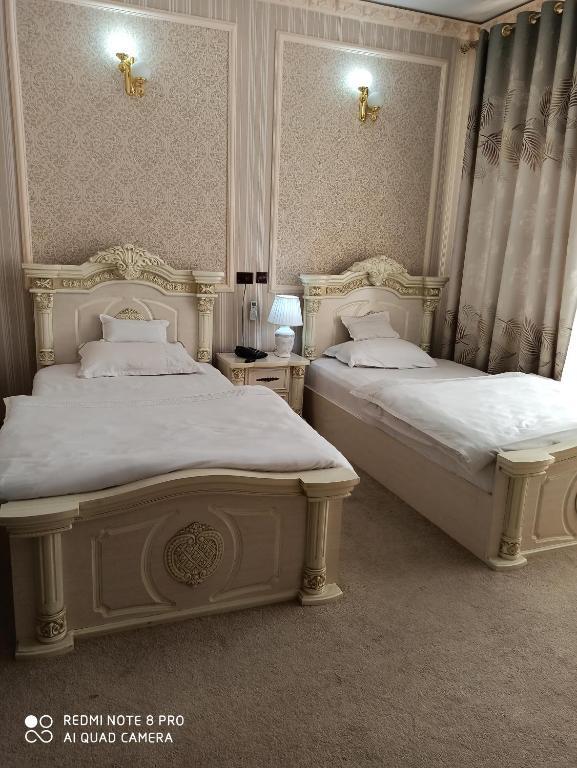 Room 1017 image 33460