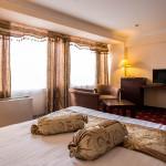 Room 1826 image 33642 thumb