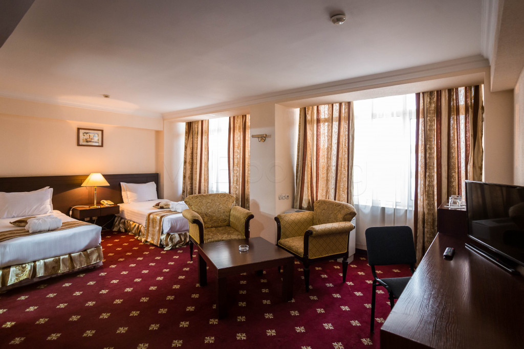 Room 1828 image 33648