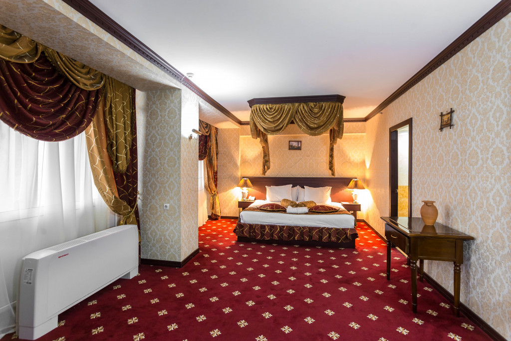 Room 1829 image 33656