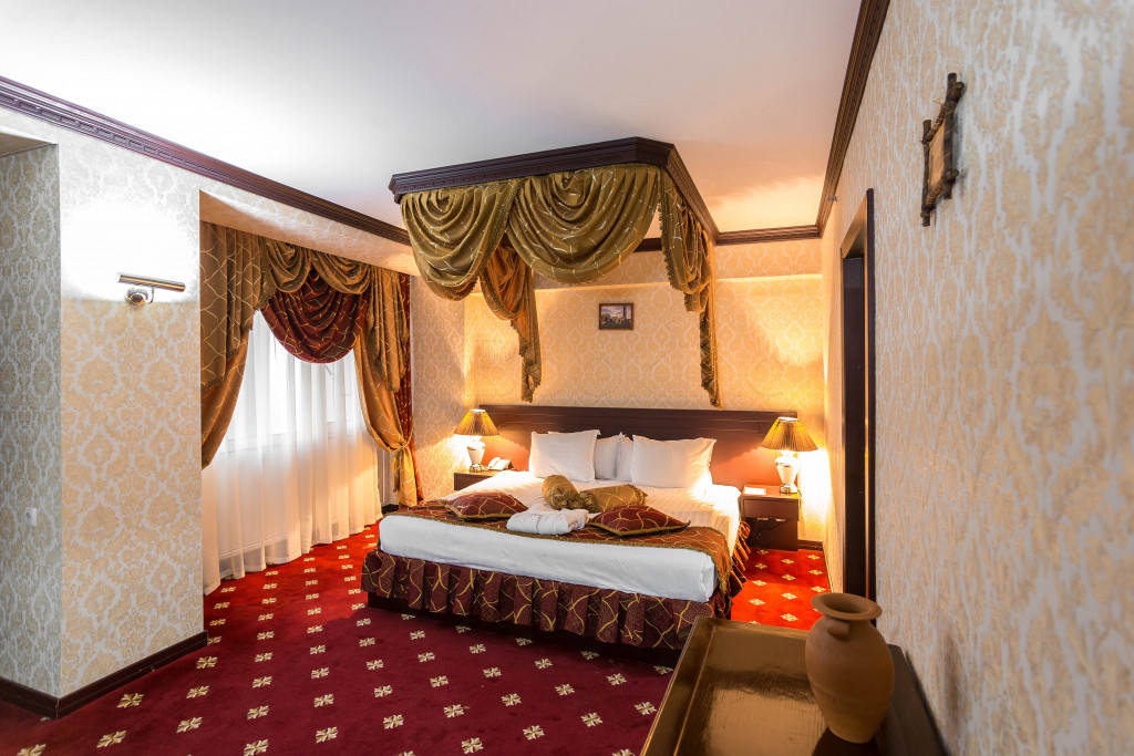 Room 1829 image 33657