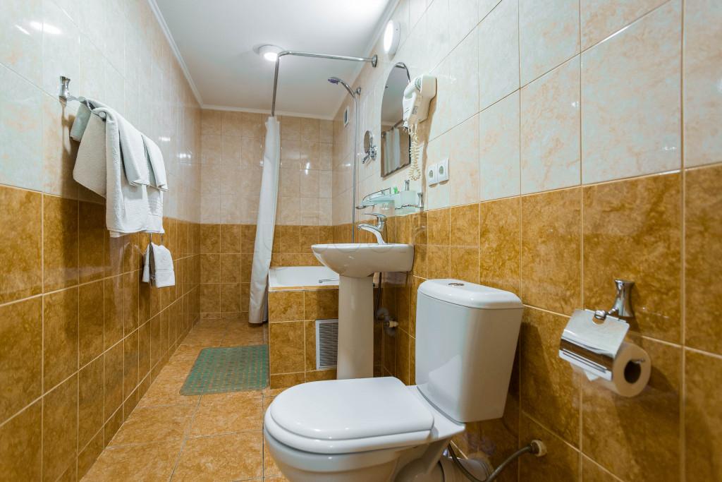 Room 1827 image 33679