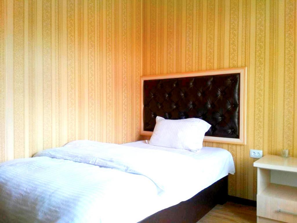 Room 1866 image 16379
