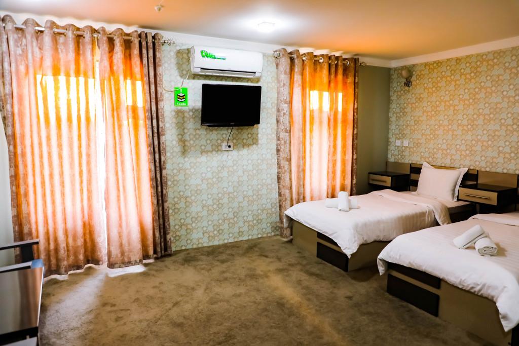Room 4175 image 35899