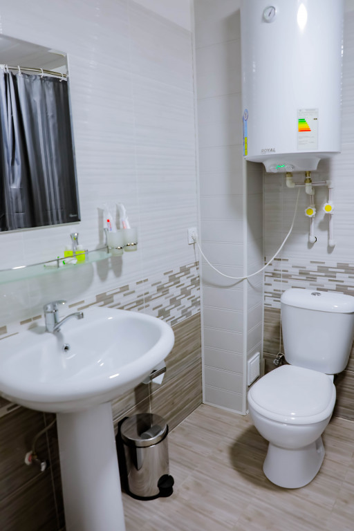 Room 4175 image 35902
