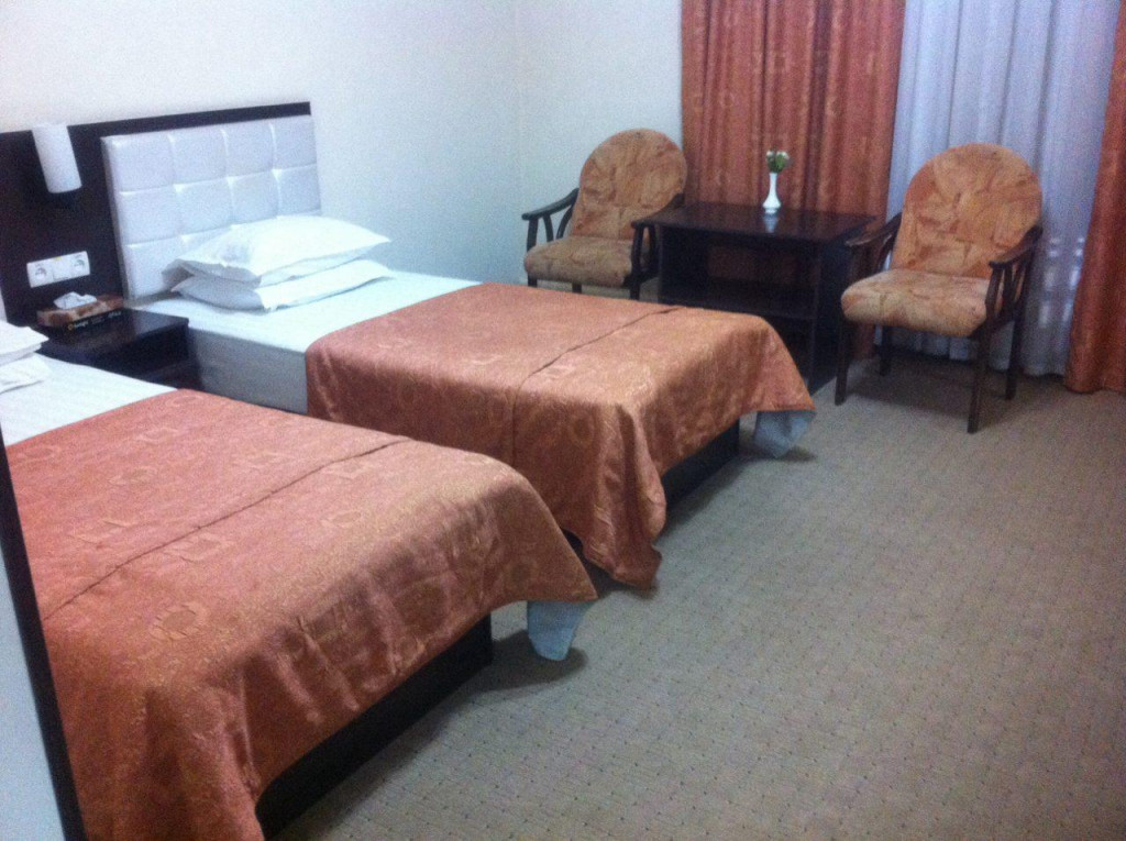 Room 1200 image 30666