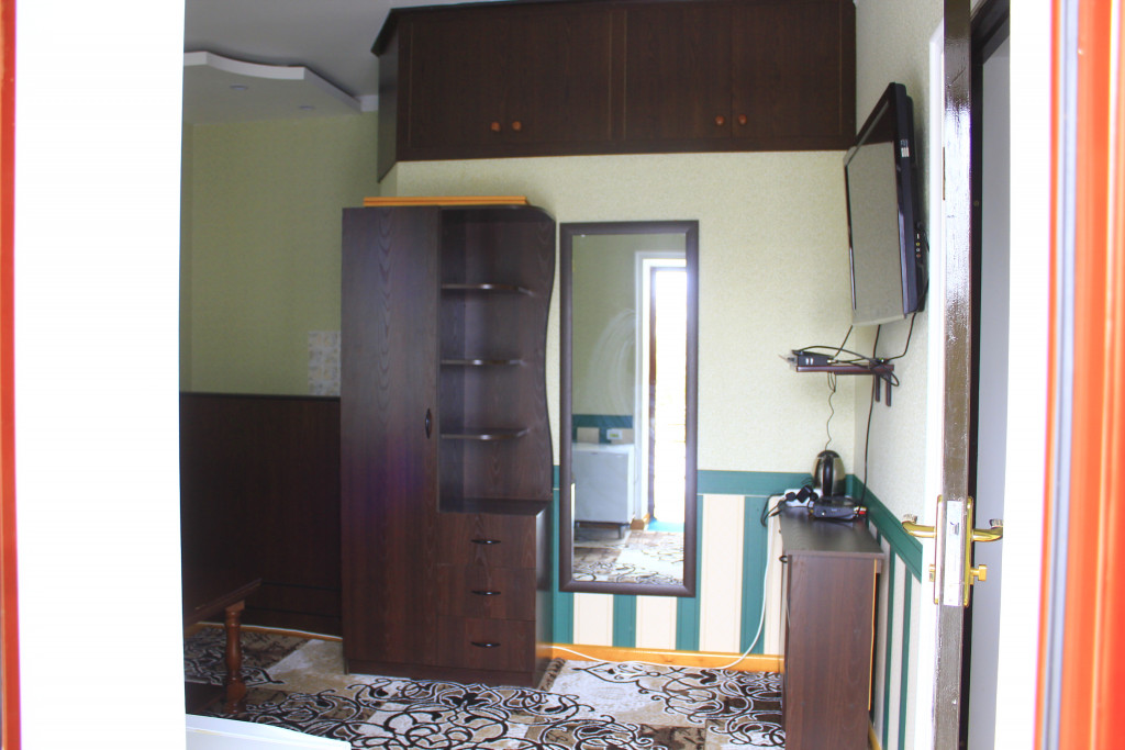Room 1209 image 35082