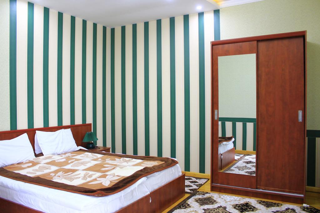 Room 1209 image 35083