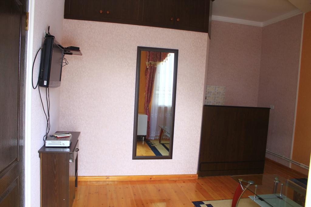 Room 1209 image 35084