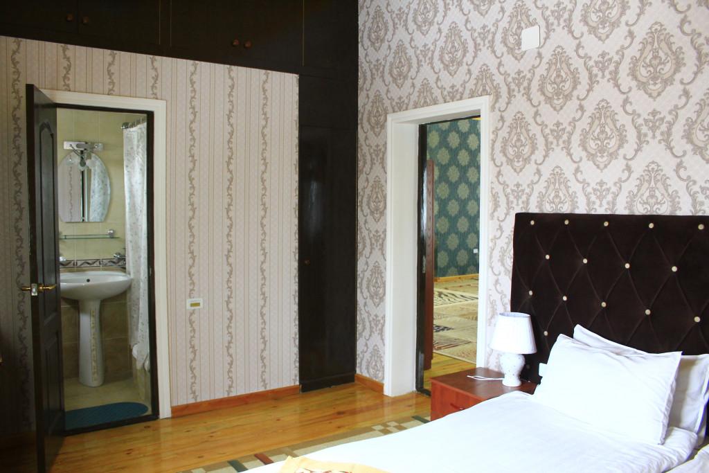 Room 1208 image 35096