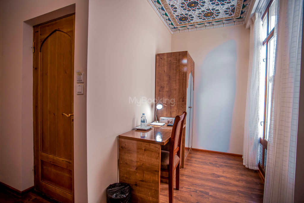 Room 1267 image 28169