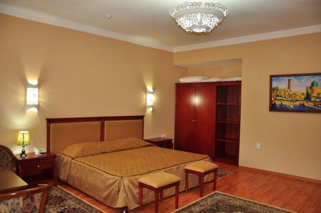 Room 1275 image 37819