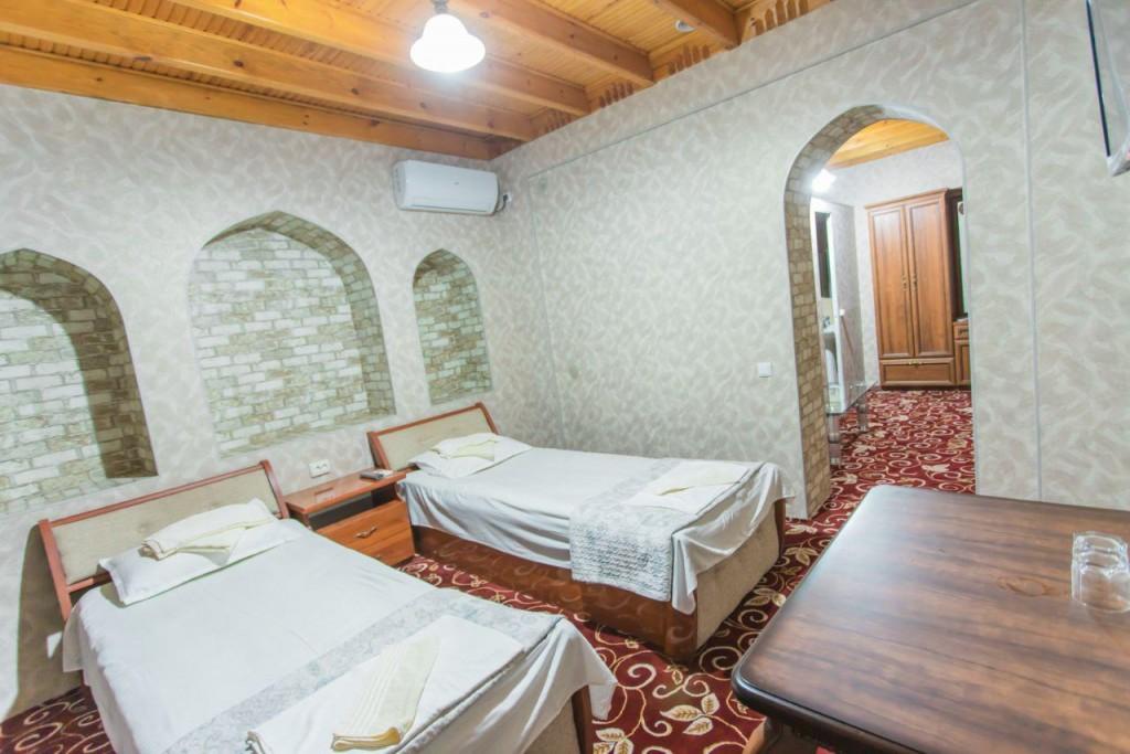 Room 1298 image 15137