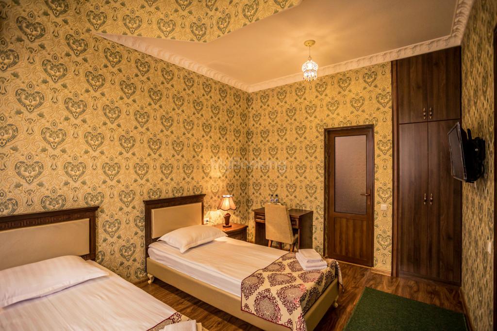 Room 1898 image 26608