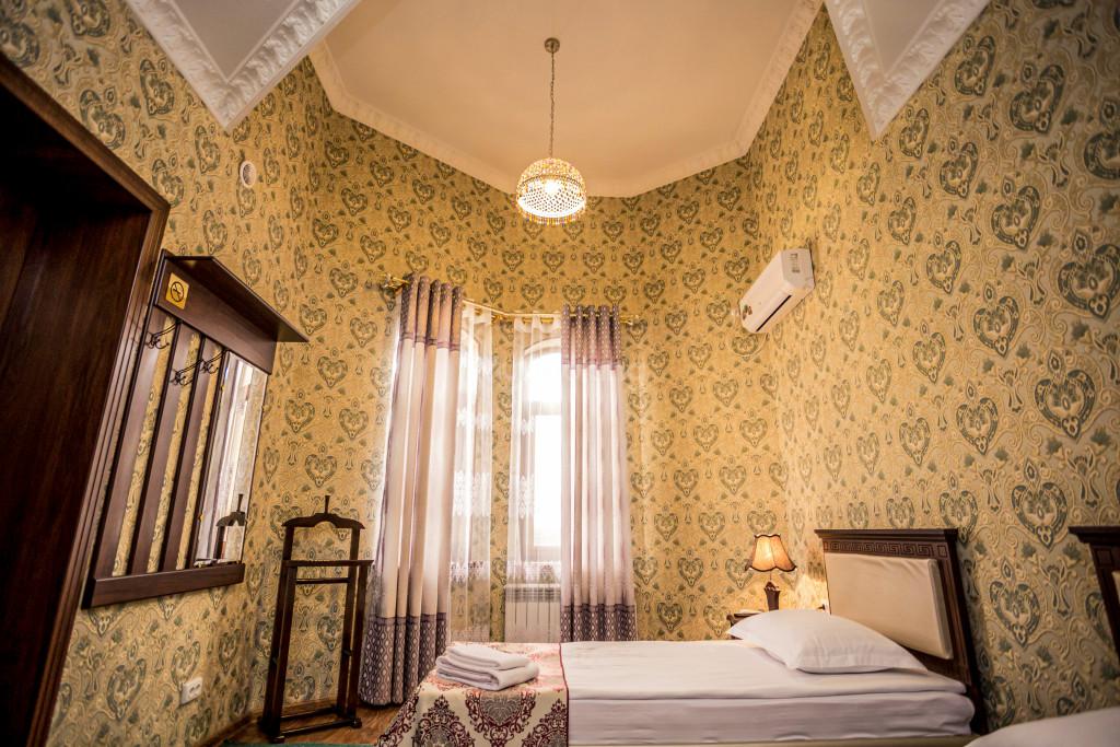 Room 1898 image 26612