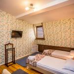 Room 1898 image 26639 thumb