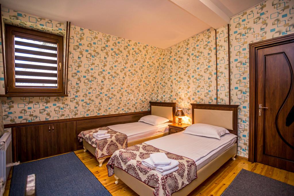 Room 1898 image 26640
