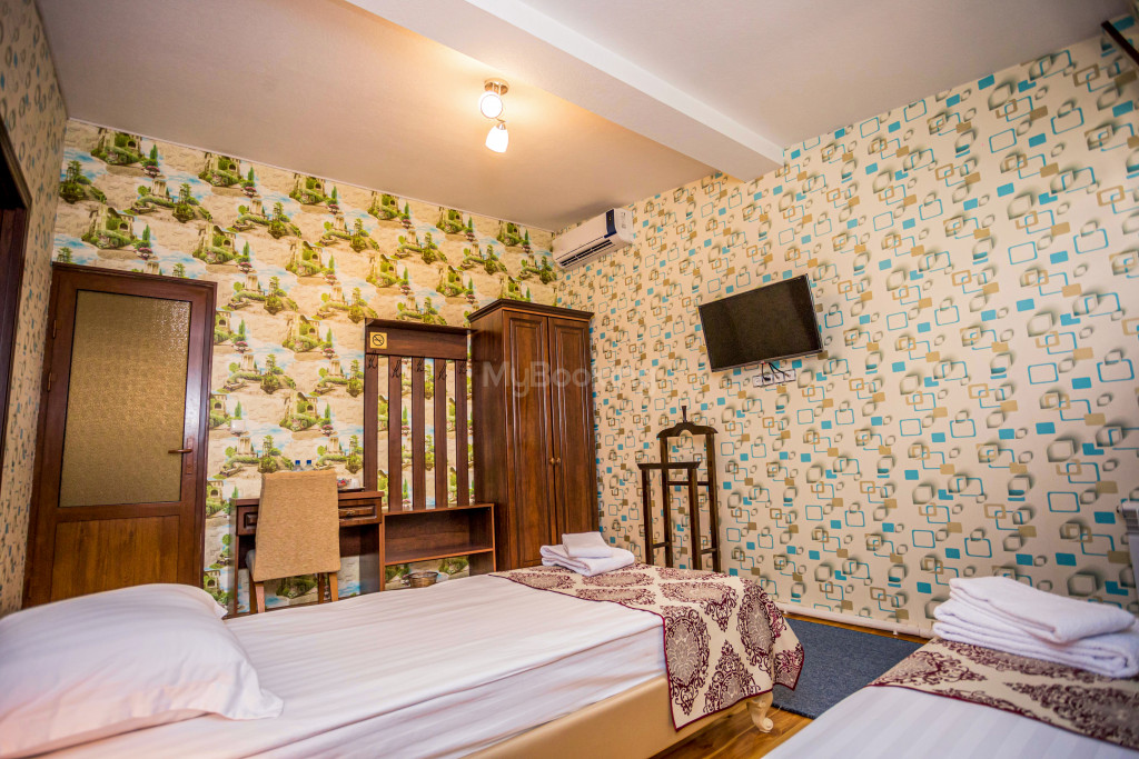 Room 1898 image 26644