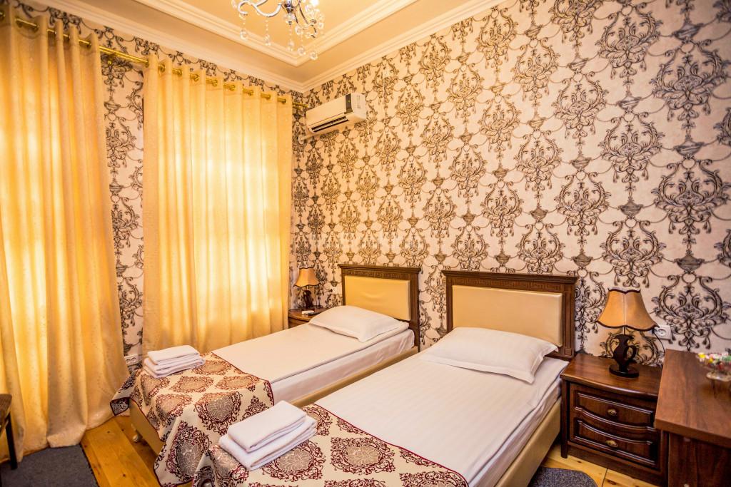 Room 1898 image 26669