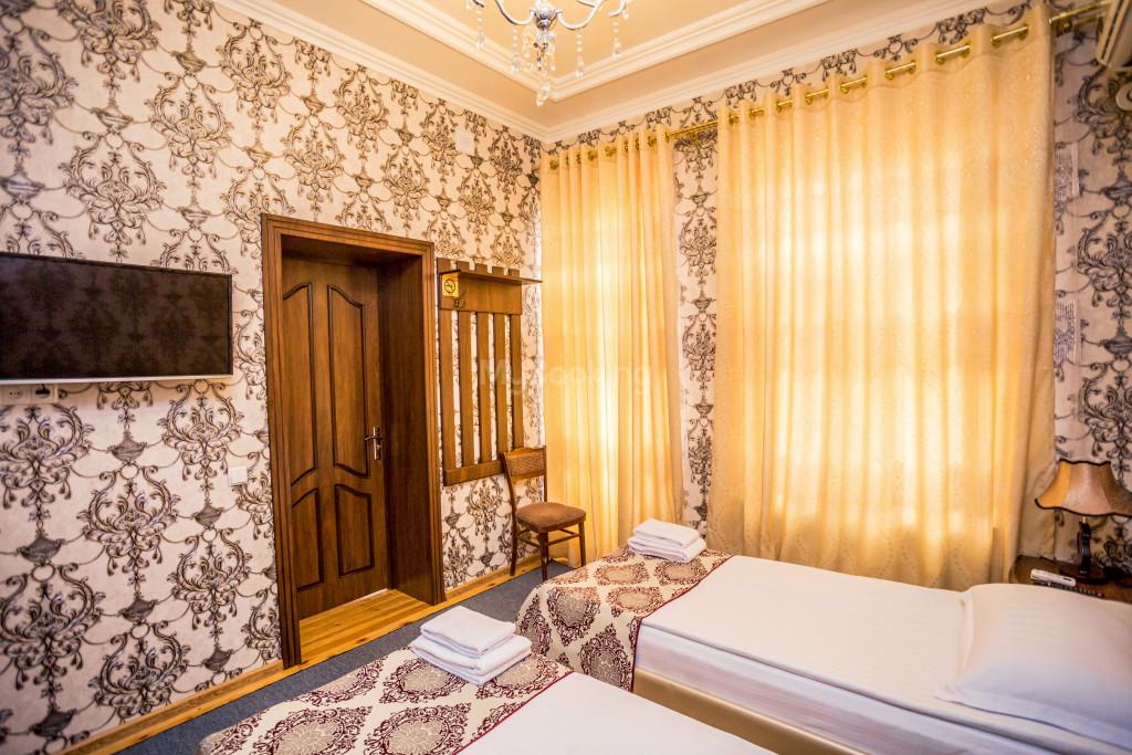 Room 1898 image 26670