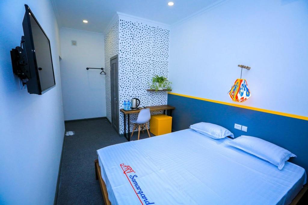 Room 1404 image 13507
