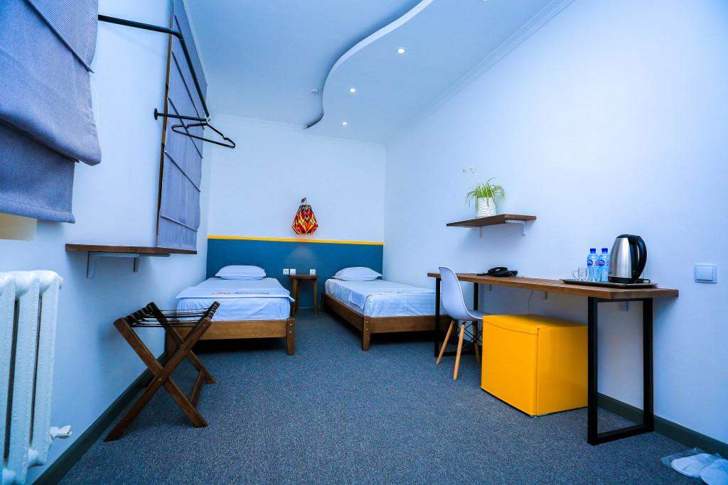 Room 1354 image 28414