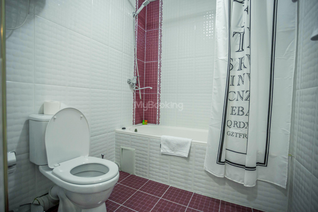 Room 1385 image 26538