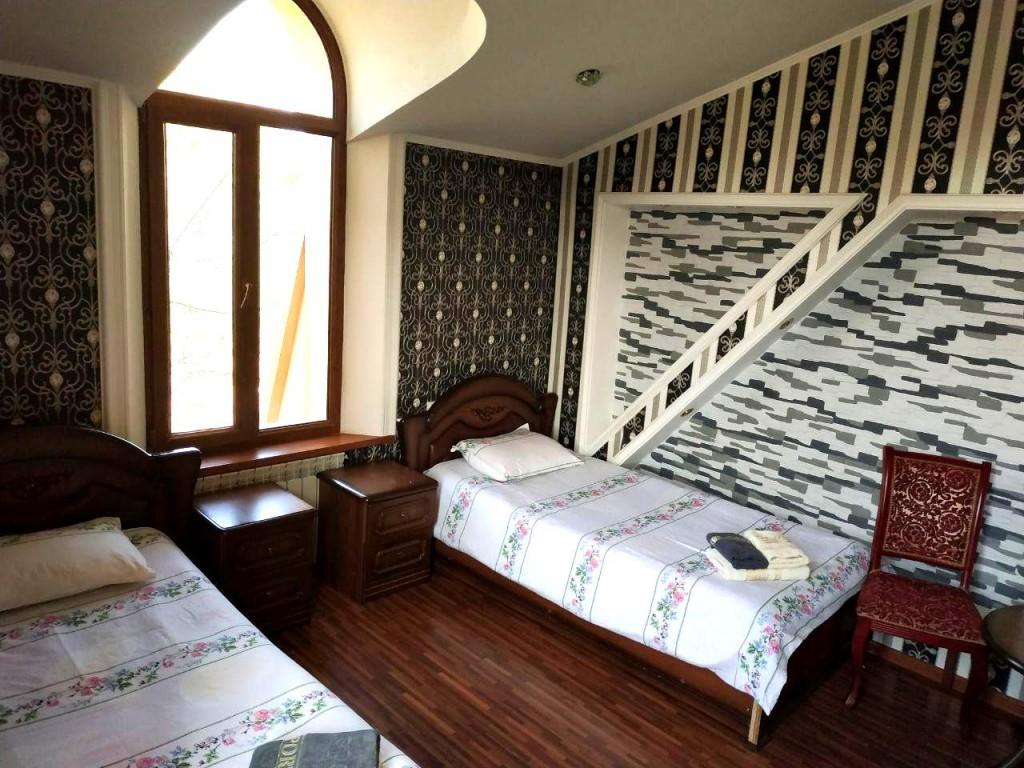 Room 1429 image 13542