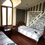 Room 1429 image 13542 thumb