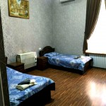 Room 1429 image 13563 thumb