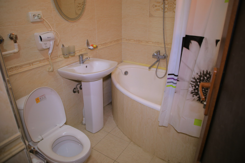 Room 1915 image 24588