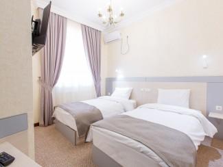 Hotel Navruz - Image