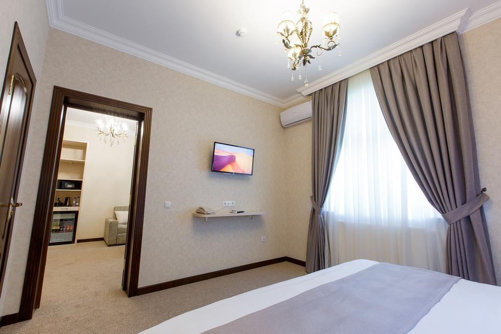 Room 1471 image 13788