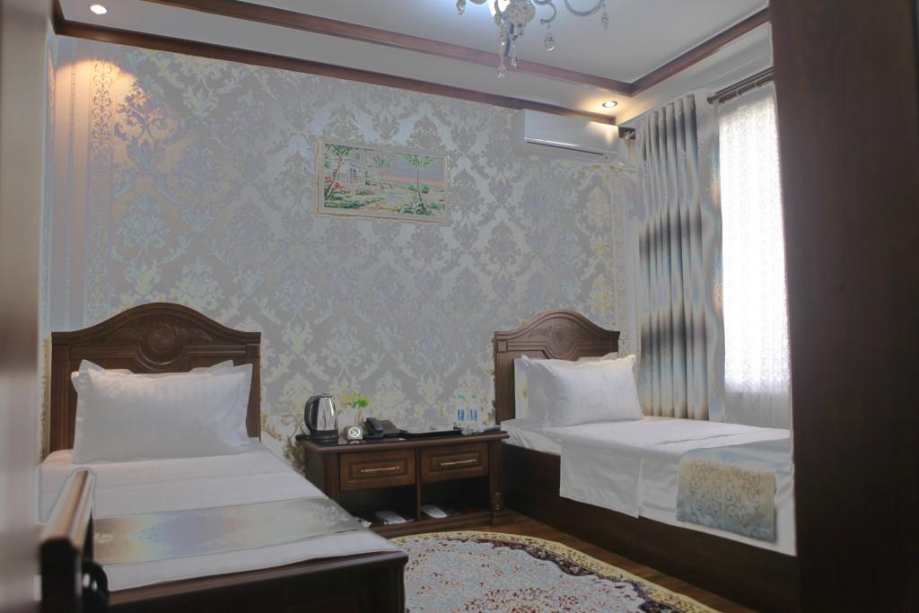 Room 1605 image 14808