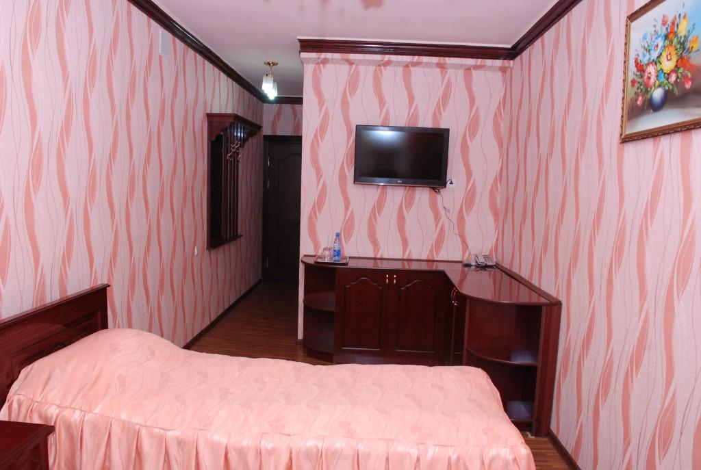 Room 1658 image 15374