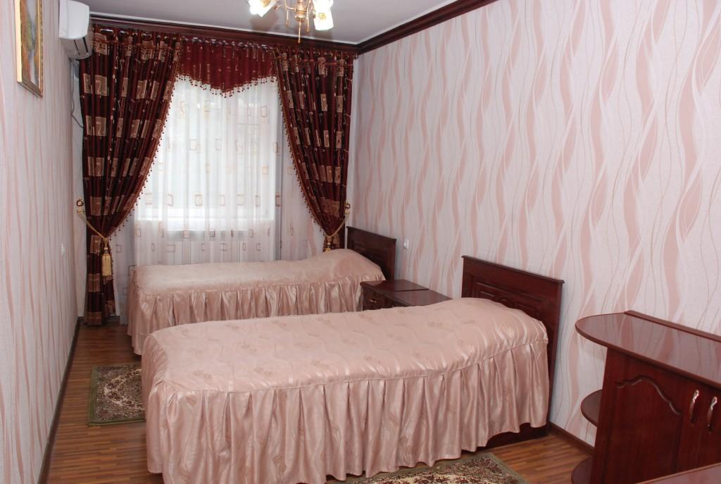 Room 1658 image 15376