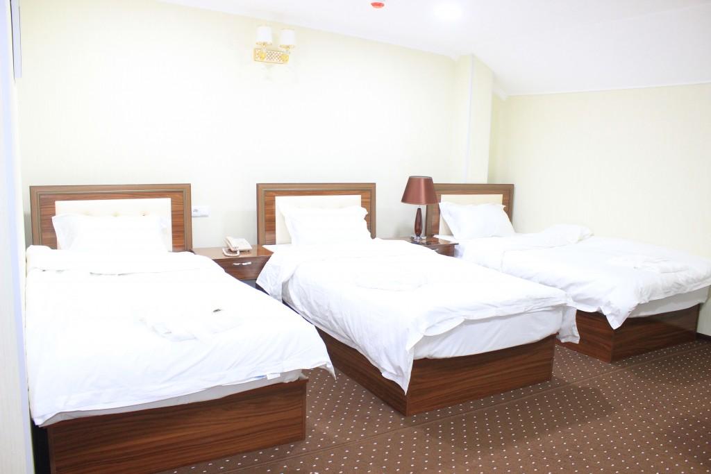 Room 1706 image 15616
