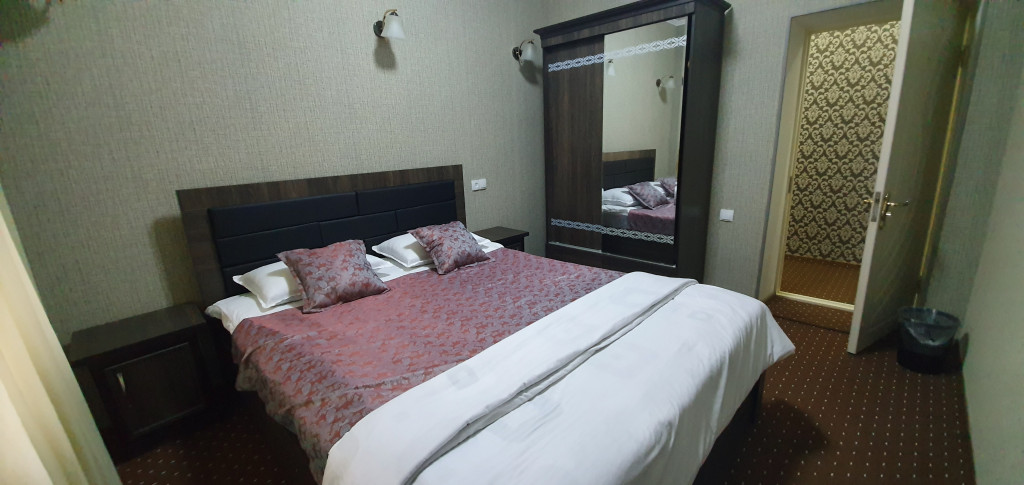 Room 3073 image 26071