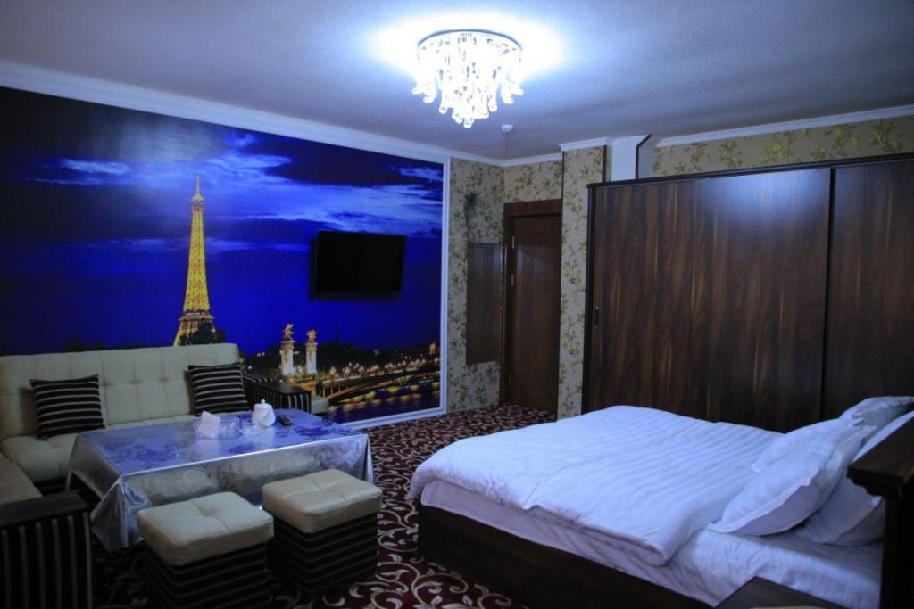 Room 1731 image 15724