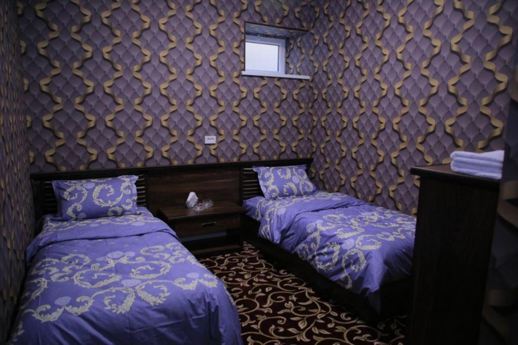 Room 1727 image 15730
