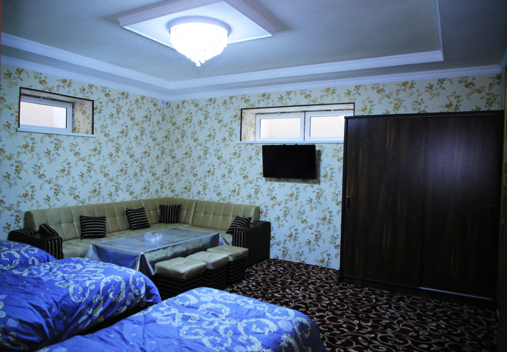 Room 1728 image 15738